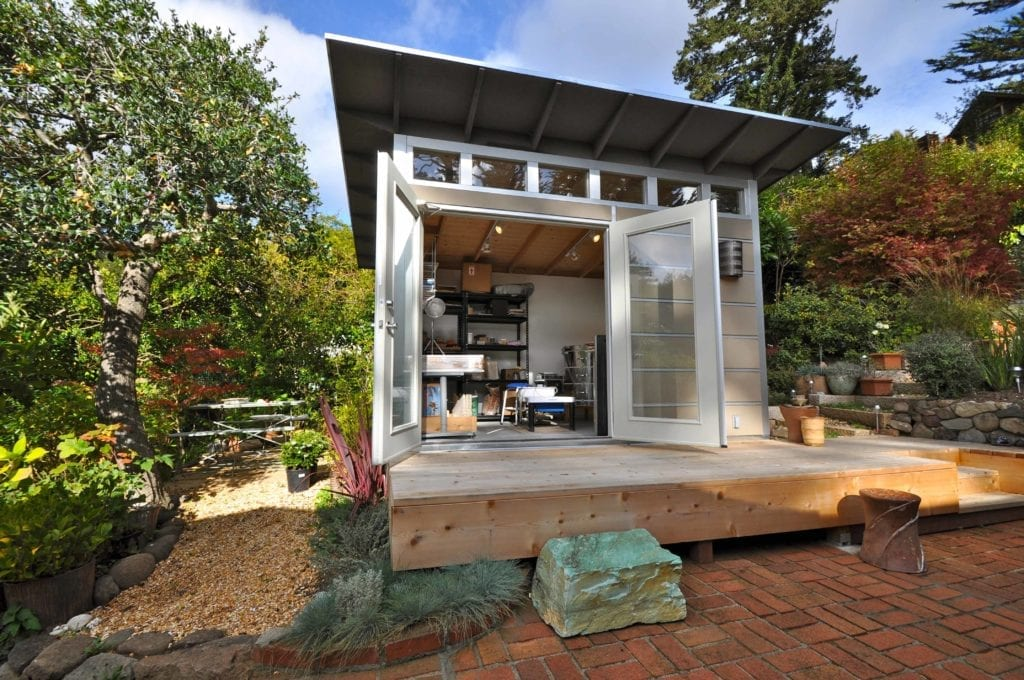 Home art studios prefab garden studio ideas for artists for Modular studio shed