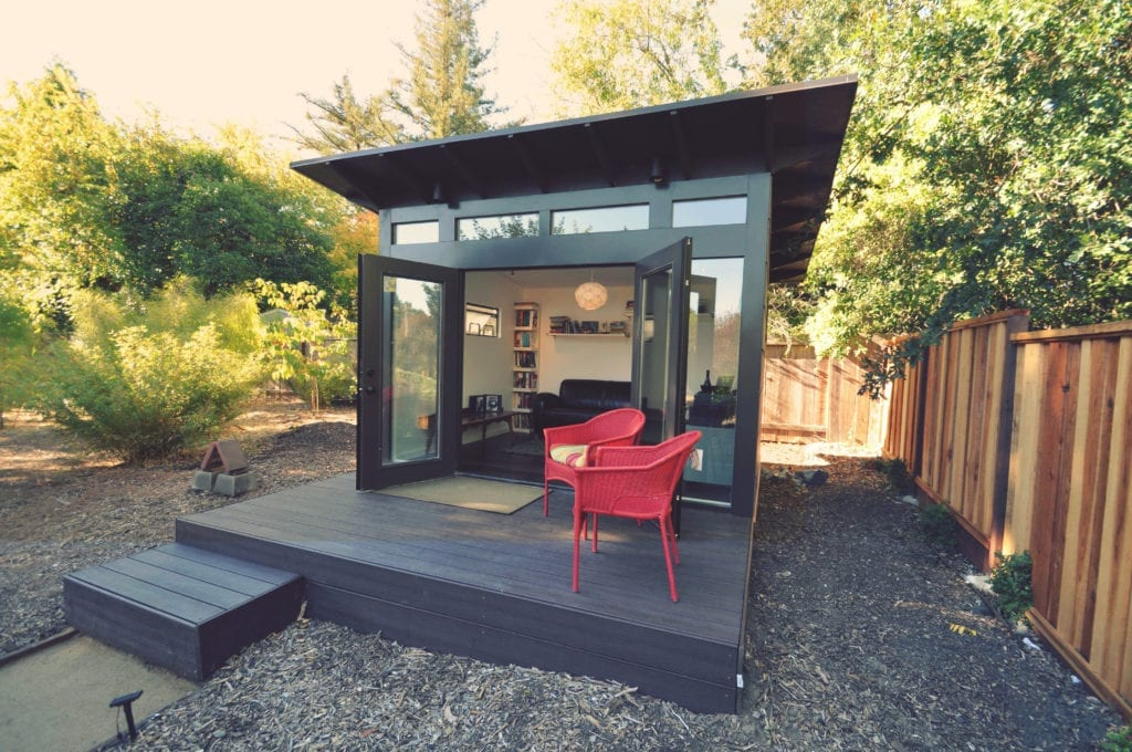 Backyard sheds studios storage home office sheds for Building a studio in the backyard