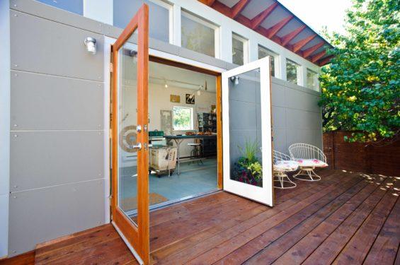 Backyard sheds studios storage home office sheds for Prefab backyard guest house